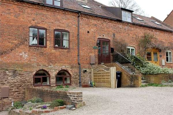 3 Bedrooms Terraced House for sale in Hereford Road, Ledbury, Herefordshire