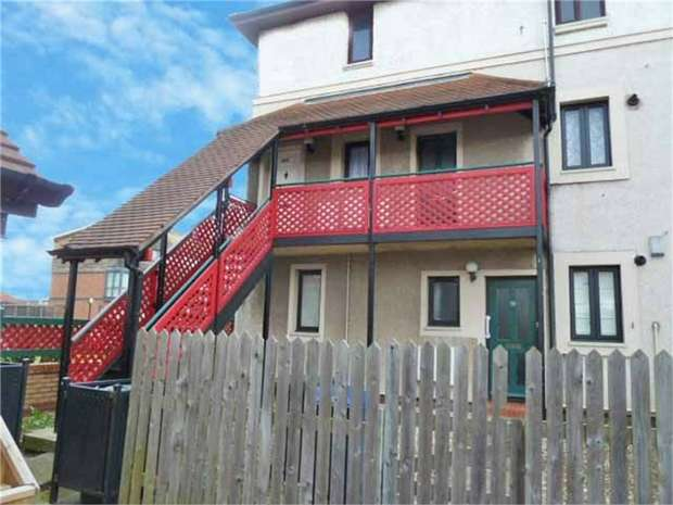 1 Bedroom Flat for sale in Kingsmere Gardens, Newcastle upon Tyne, Tyne and Wear