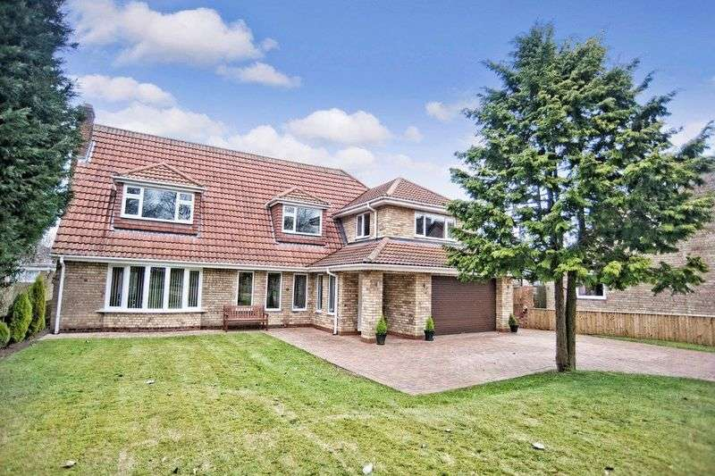 5 Bedrooms Detached House for sale in The Avenue, Burton-upon-Stather, Scunthorpe