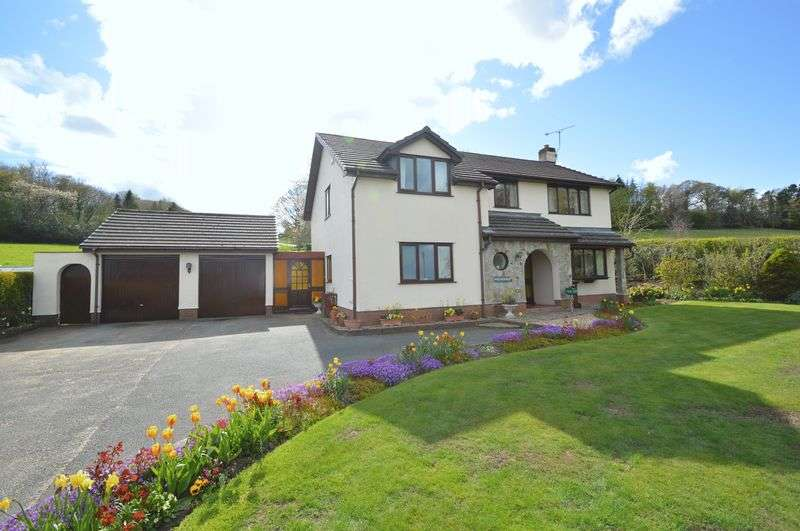 4 Bedrooms Detached House for sale in Ffordd Y Pentre, Nercwys