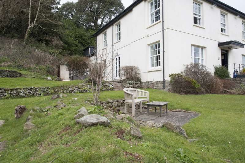 3 Bedrooms Apartment Flat for sale in Bolberry Road, Kingsbridge, Devon, TQ7