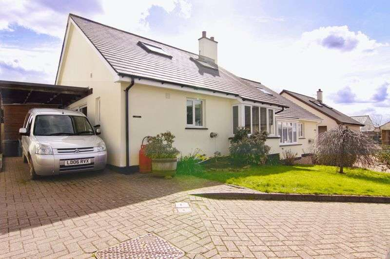 3 Bedrooms Semi Detached Bungalow for sale in The Old Orchard, Okehampton