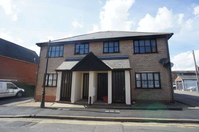 1 Bedroom Flat for sale in Doves Court, Sydney Street, Brightlingsea