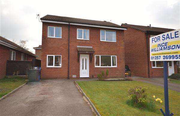 4 Bedrooms Detached House for sale in Wymundsley, Astley Village, Chorley