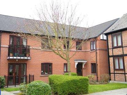 2 Bedrooms Flat for sale in Heber Walk, Northwich, Cheshire