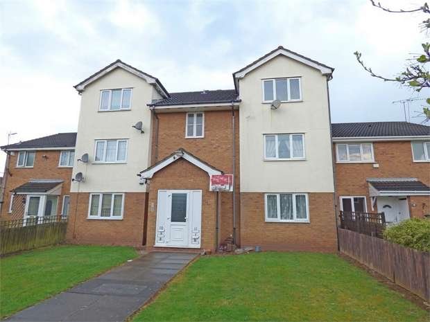 2 Bedrooms Flat for sale in Canterbury Close, Rowley Regis, West Midlands