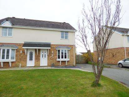 3 Bedrooms Semi Detached House for sale in Garth Y Felin, Valley, Holyhead, Sir Ynys Mon, LL65