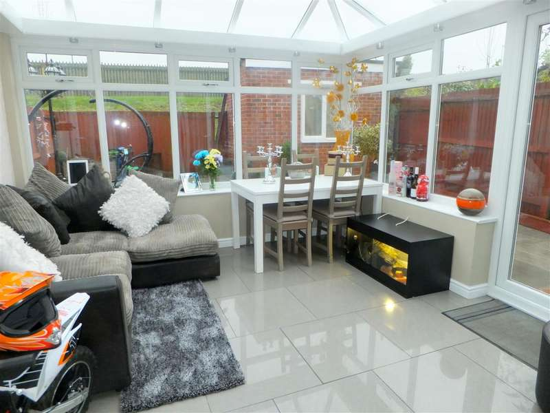 4 Bedrooms Terraced House for sale in Speakman Way, Prescot