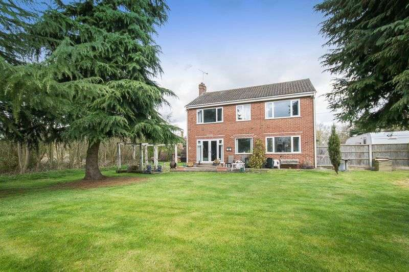 4 Bedrooms Detached House for sale in SALTERSFORD HOUSE, EGGINTON