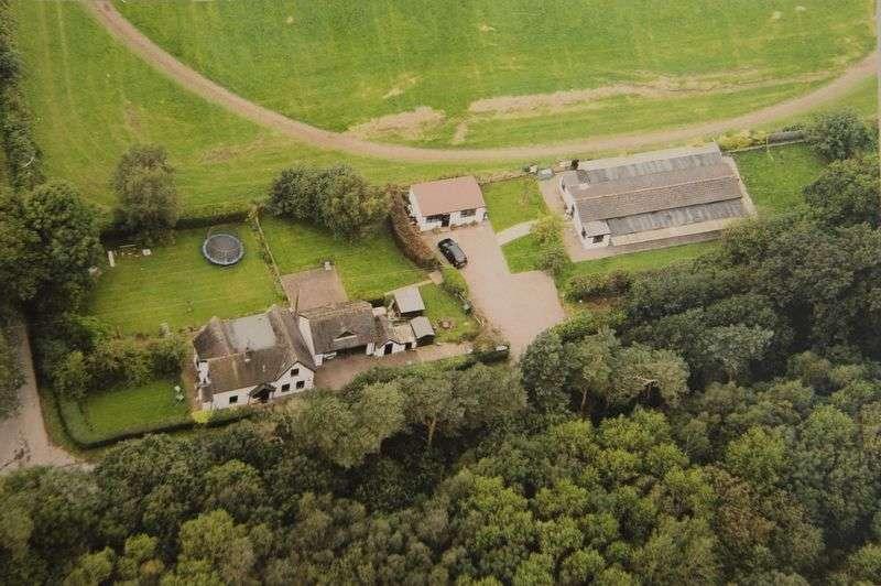 4 Bedrooms Cottage House for sale in Sweet Turf Cottage & Boarding Kennels, Longnor Gorse, Penkridge, Stafford