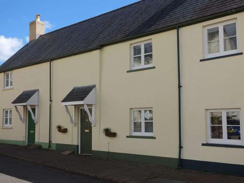 2 Bedrooms Terraced House for sale in Osborne Court, Lower Monk Street, Abergavenny