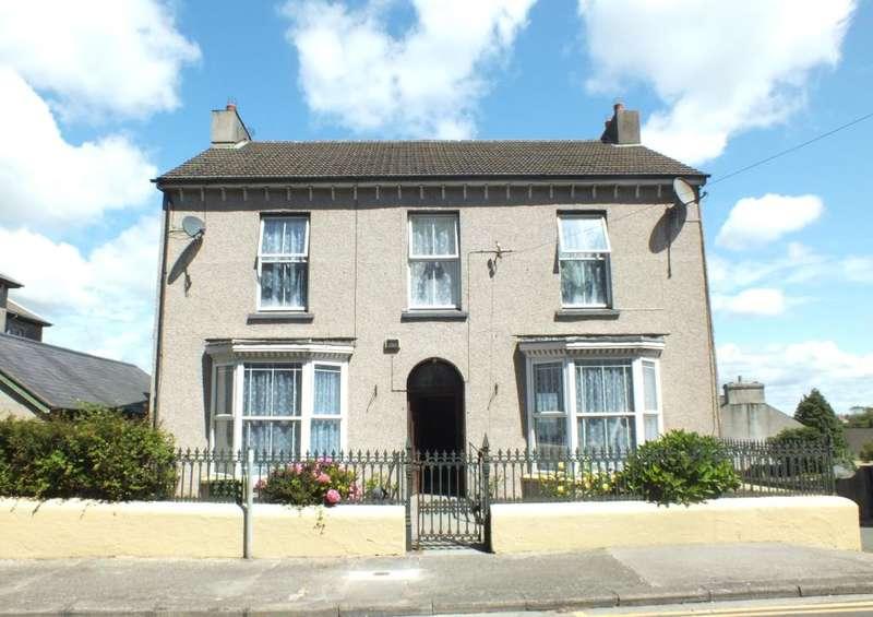 5 Bedrooms Detached House for sale in Wesley Villa, Victoria Road, Pembroke Dock, Pembrokeshire