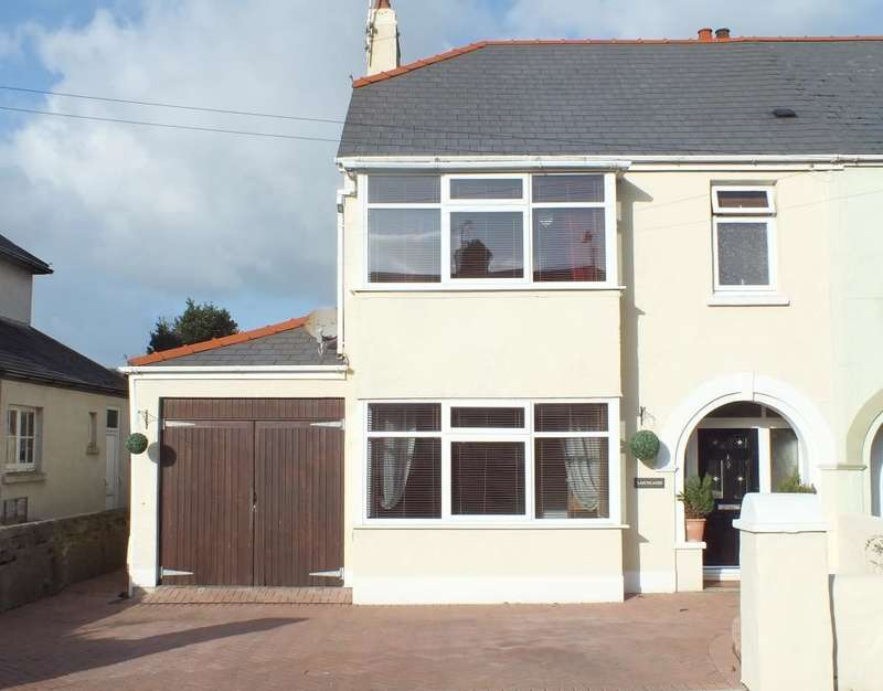 3 Bedrooms Semi Detached House for sale in Larchlands, Serpentine Road, Tenby, Pembrokeshire