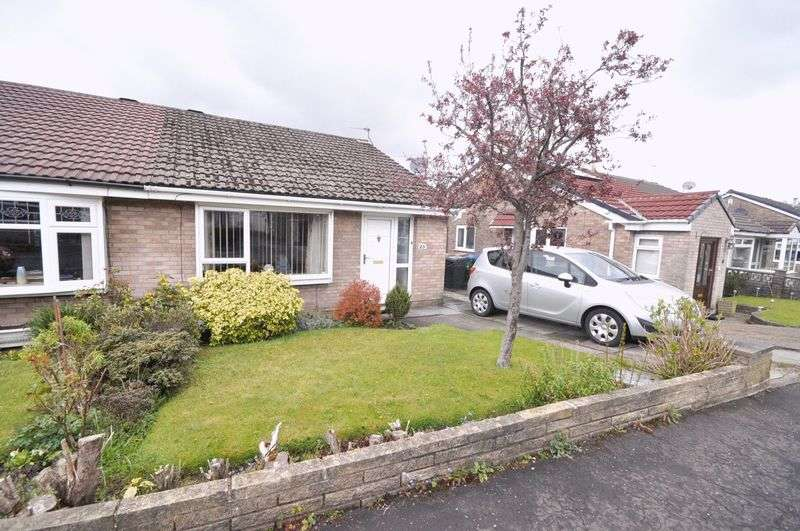 2 Bedrooms Semi Detached Bungalow for sale in Highwood, Norden