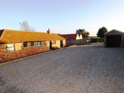 3 Bedrooms Bungalow for sale in Durham Road, Thorpe Thewles, Stockton-On-Tees, Durham