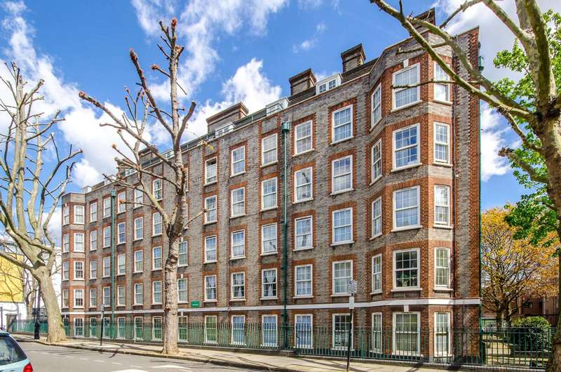 2 Bedrooms Flat for sale in Arlington Road, Camden Town, NW1
