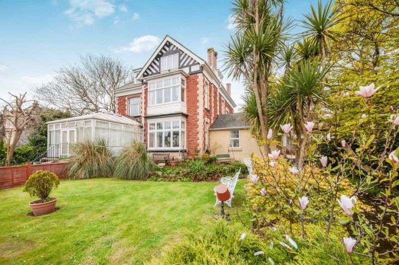 3 Bedrooms Flat for sale in SANDS ROAD, PAIGNTON.