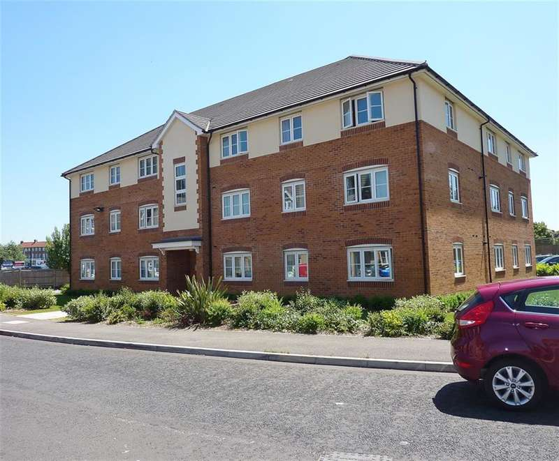 2 Bedrooms Flat for sale in South Hayes, Middlesex