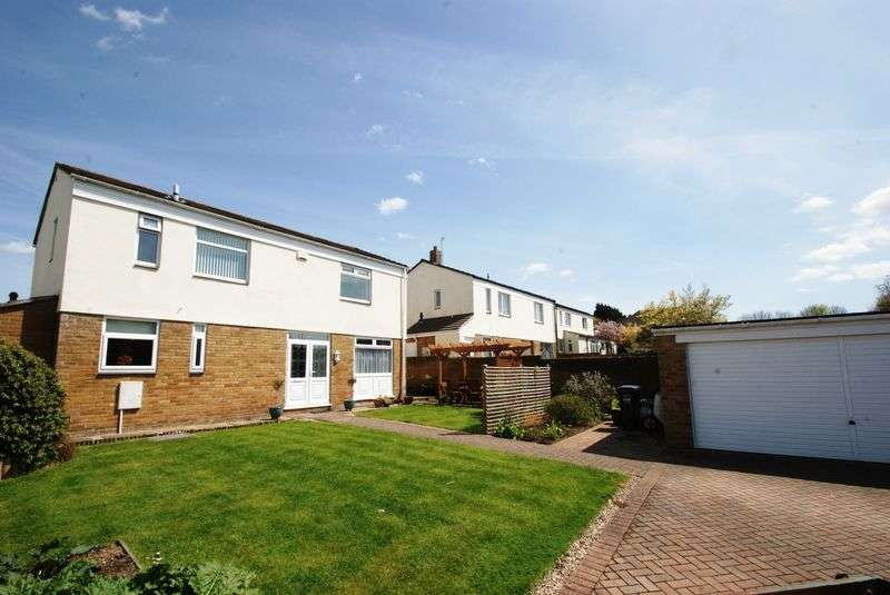 4 Bedrooms Detached House for sale in North Lane, Nailsea