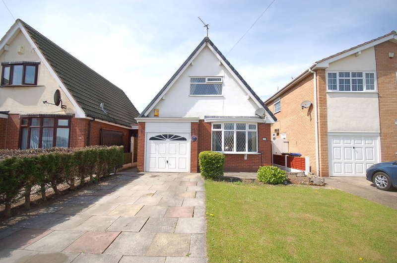 2 Bedrooms Detached Bungalow for sale in Cherry Tree Road, Blackpool