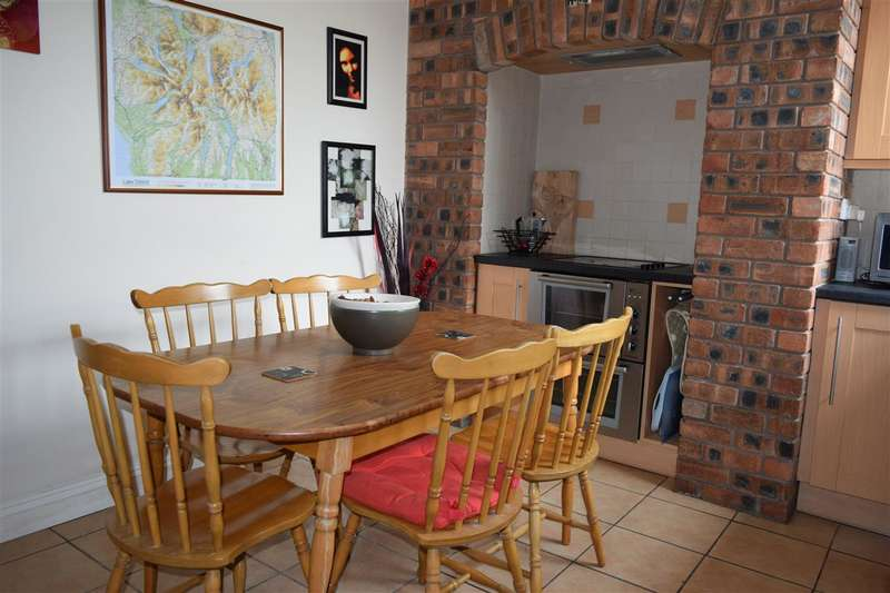 3 Bedrooms Terraced House for sale in The Mount, Camerton, Workington