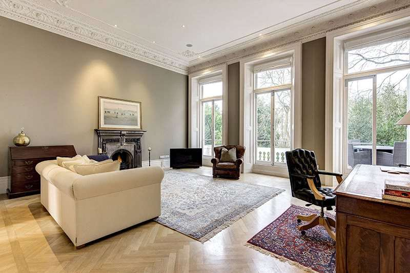 1 Bedroom Flat for sale in Queens Gate Gardens, London, SW7