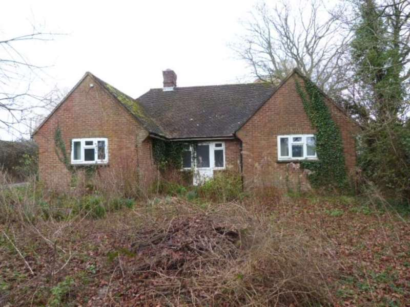 3 Bedrooms Detached Bungalow for sale in Uckfield Road, Ringmer, Lewes