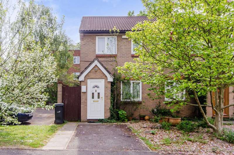 2 Bedrooms House for sale in Caroline Close, Streatham Hill, SW16