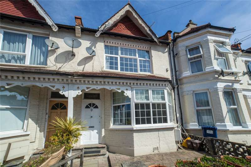 3 Bedrooms House for sale in Churchfield Avenue, North Finchley, London, N12