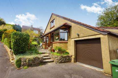 3 Bedrooms House for sale in Woodmancote, Dursley, Gloucestershire