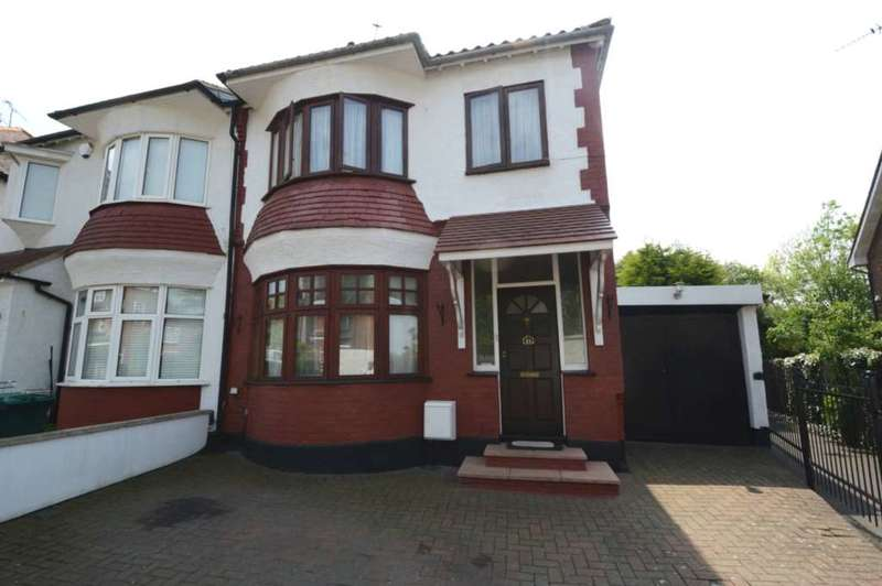 3 Bedrooms Semi Detached House for sale in Woodside Grove, London