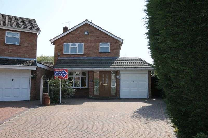 3 Bedrooms Detached House for sale in Micklewood Close, Penkridge