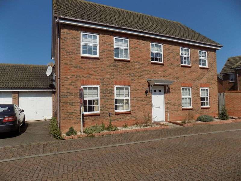 4 Bedrooms Detached House for sale in Lister Close, Gorleston, Great Yarmouth