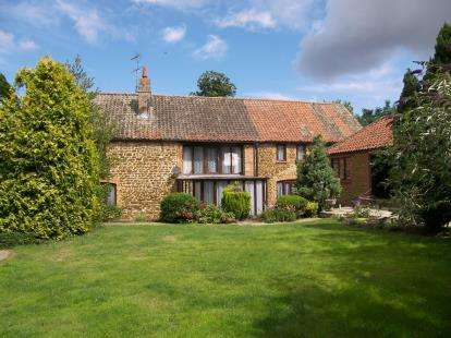 5 Bedrooms Barn Conversion Character Property for sale in Middleton, King's Lynn, Norfolk