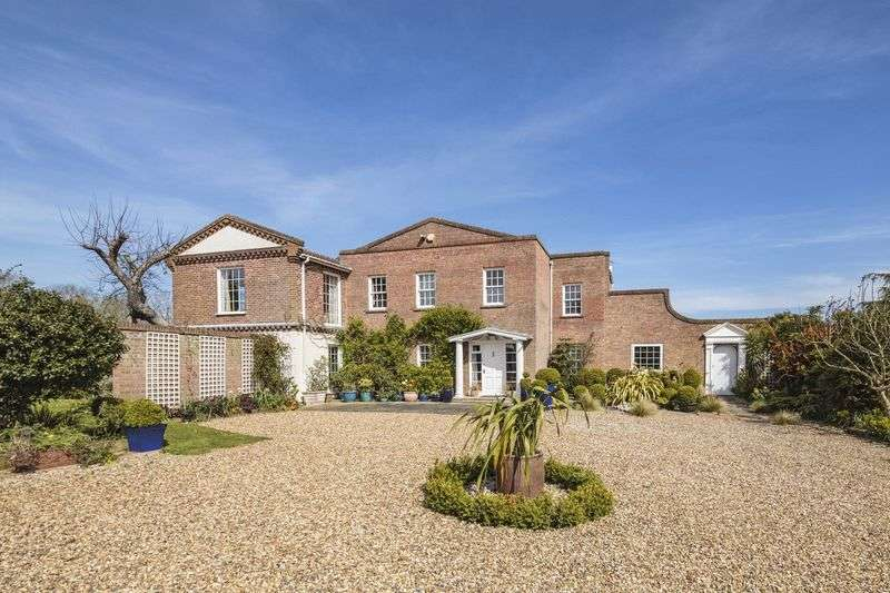 5 Bedrooms Detached House for sale in Rickinghall, Suffolk