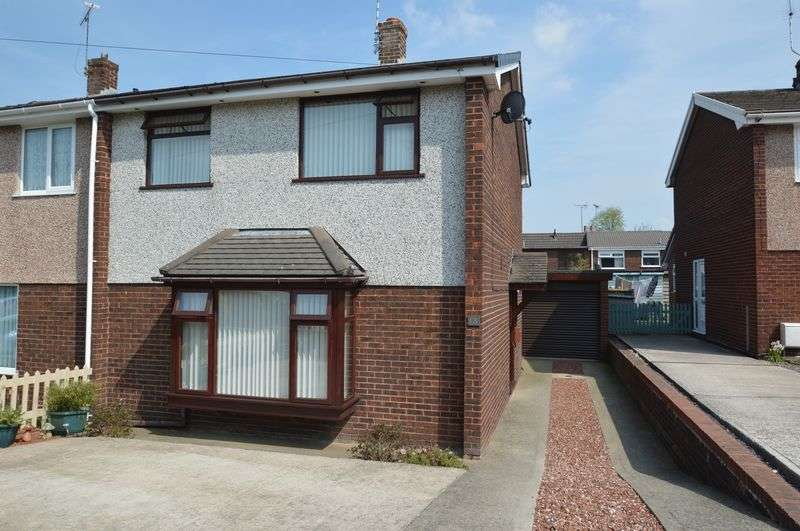 3 Bedrooms Semi Detached House for sale in Llys Y Wern, Sychdyn