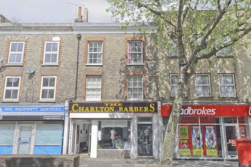 2 Bedrooms Flat for sale in The Village, Charlton