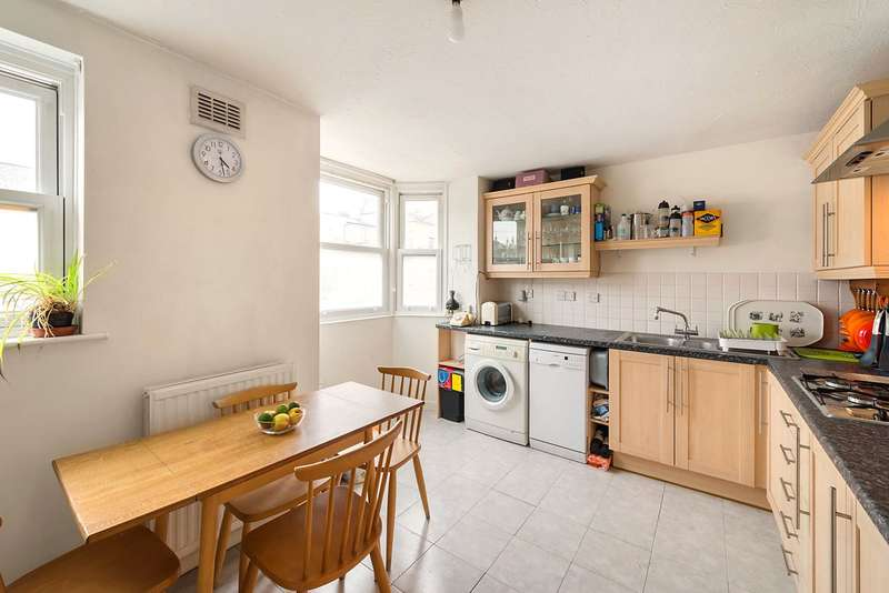 3 Bedrooms Terraced House for sale in Frere Street, London, SW11