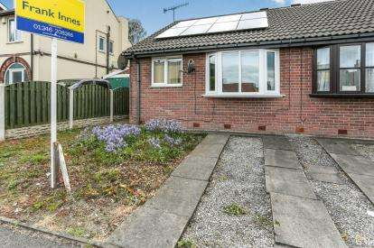 2 Bedrooms Bungalow for sale in Baden Powell Road, Chesterfield, Derbyshire