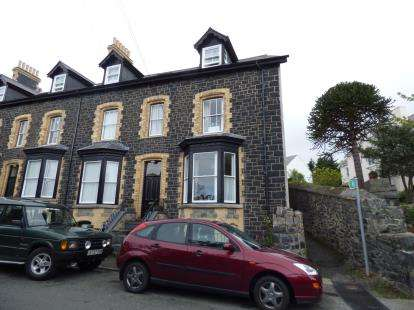 4 Bedrooms End Of Terrace House for sale in Brynmor Terrace, Penmaenmawr, Conwy, LL34