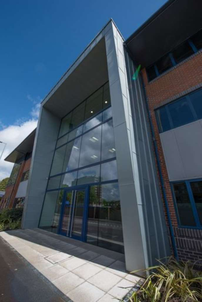 Serviced Office Commercial for rent in Threefield Lane, Southampton