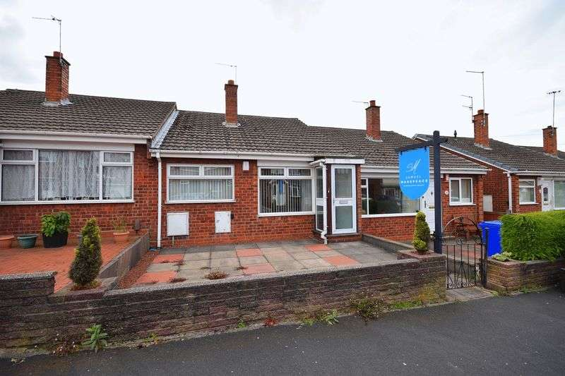 2 Bedrooms Bungalow for sale in Gleneagles Crescent, Birches Head