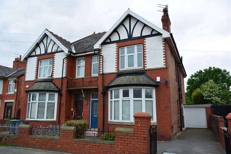 3 Bedrooms Semi Detached House for sale in St Annes Road, South Shore, Blackpool, FY4 2QP
