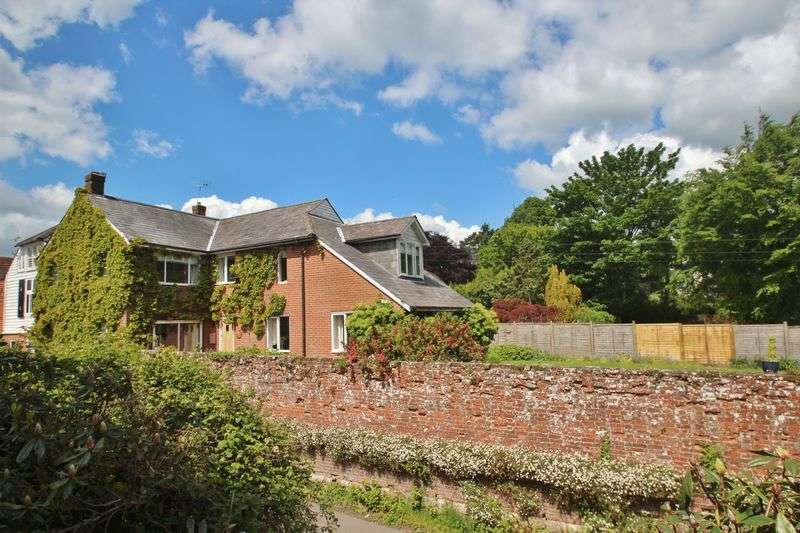 4 Bedrooms Semi Detached House for sale in Blacksmiths Lane, Wadhurst