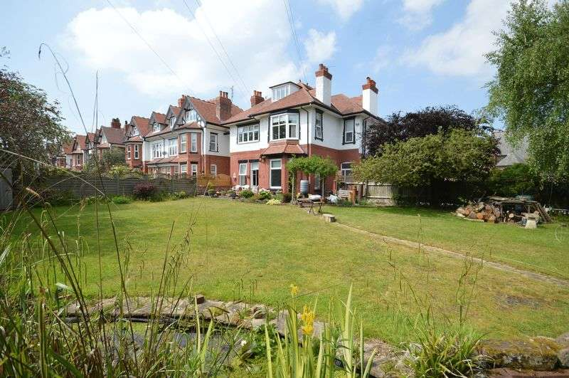 7 Bedrooms Detached House for sale in Westbourne Road, West Kirby