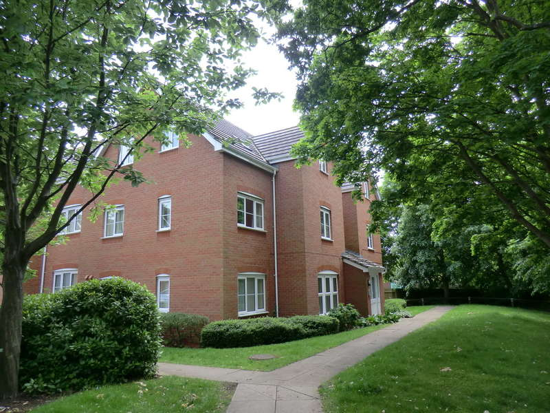 1 Bedroom Ground Flat for sale in Hickory Close, Walsgrave, Coventry
