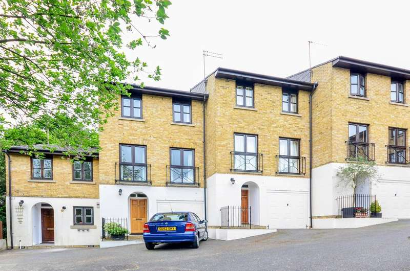 3 Bedrooms House for sale in Highgate Walk, Forest Hill, SE23
