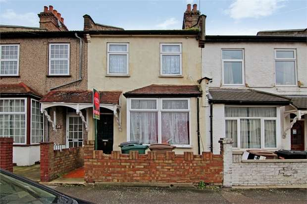 3 Bedrooms Terraced House for sale in Stirling Road, Walthamstow, London