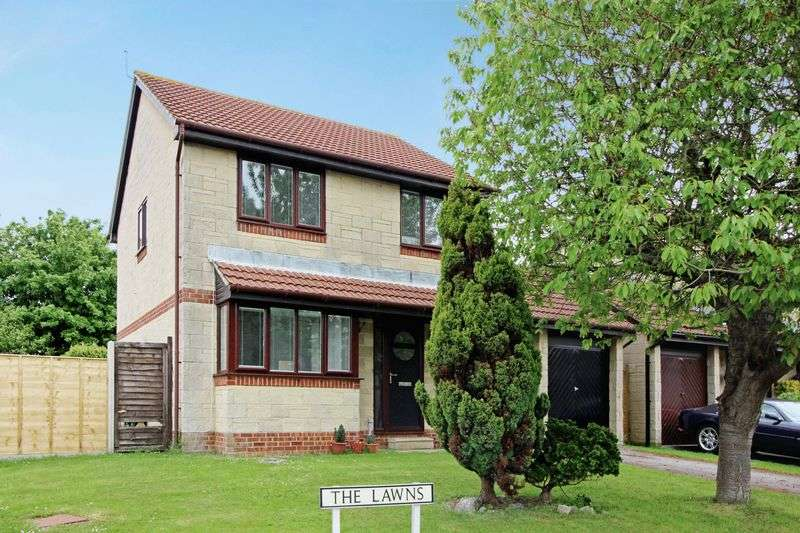4 Bedrooms Detached House for sale in The Lawns, Yatton
