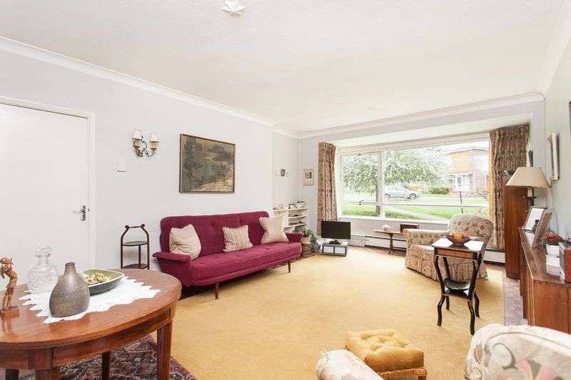 2 Bedrooms Property for sale in Foxes Dale, Bromley